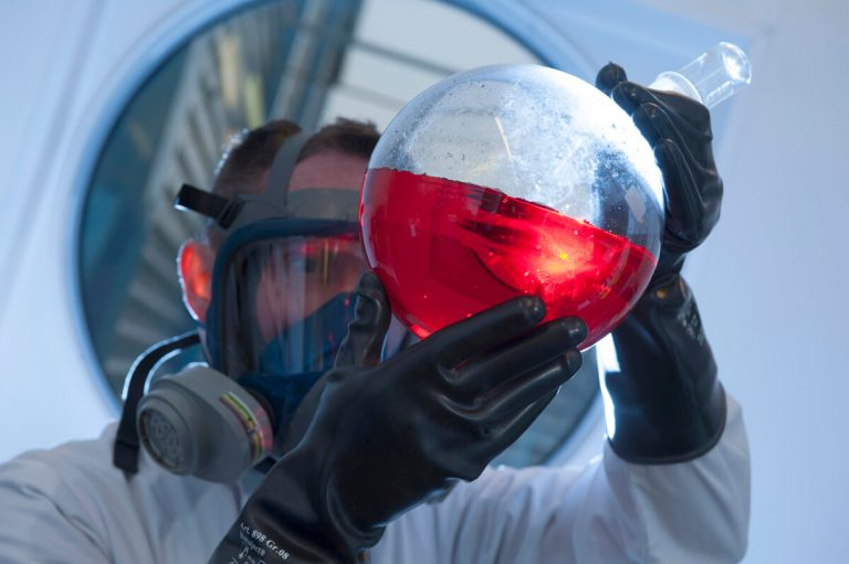 Alfa Aesar lab photograph